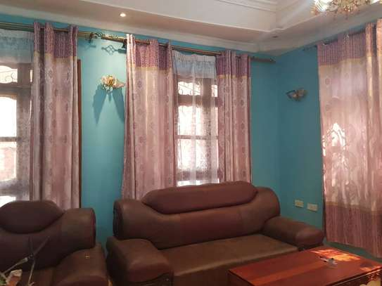 5 Bed Room Bungalow for rent in Dodoma town- Multipurpose. image 9
