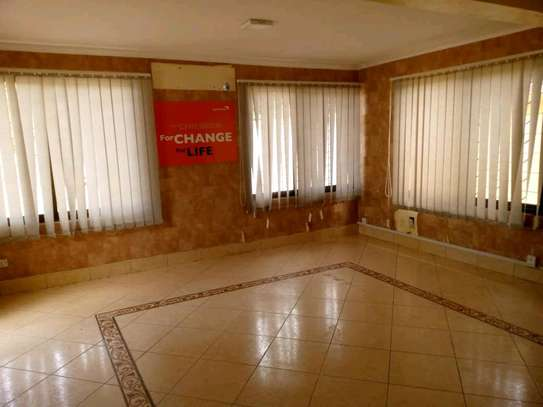 5 bdrm House For Sale in Mikocheni Sqm2000. image 6