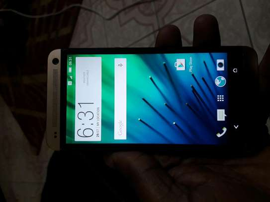 HTC ONE M7 for sale image 2