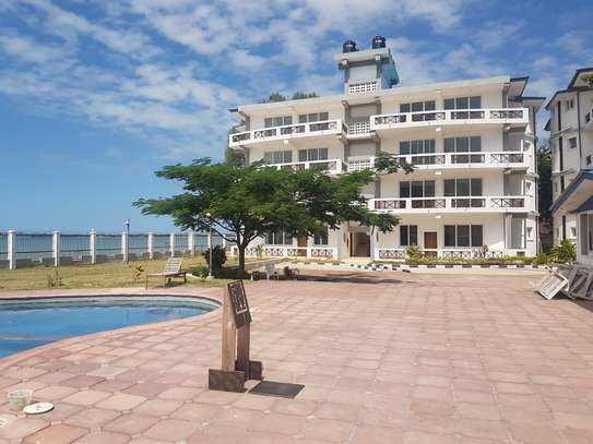 Outstanding Apartments with access to Beach image 3