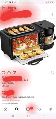 Multifunctional breakfast machine