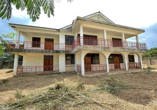 House for sale t sh mL 350 image 11