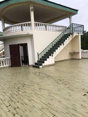 Villa for rent in Oysterbay image 3