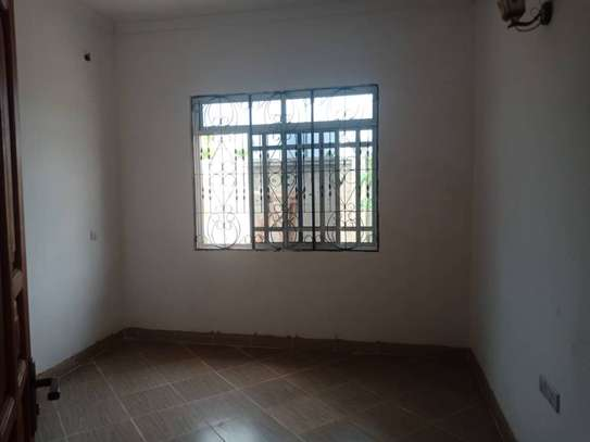 2 bed room all ensuite house for rent at mbweni image 5