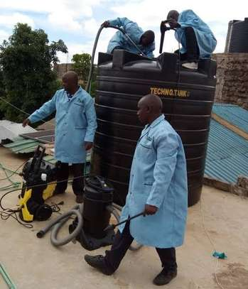 Water tank cleaner image 4