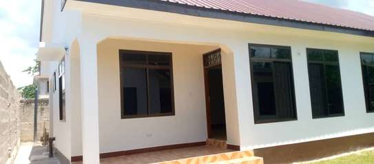 2 bed rom house villa for rent at kunduchi image 4