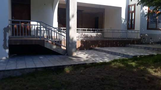 4 bed room house for sale at mapinga bagamoyo , house with big terrace and swimming pool image 5