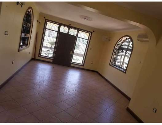 4 bedroom house to rent in MIkocheni, Dar es Salaam image 3