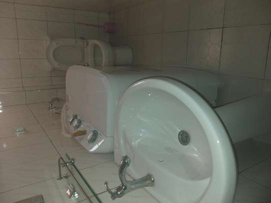2 Bedrooms Fully Furnished Apartment 4rent at kinondoni A image 3