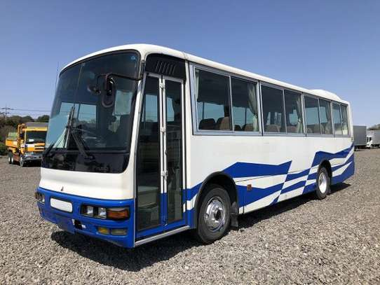 1996 Mitsubishi AERO BUS 46SEATER TSHS 50MILLION ON THE ROAD image 2