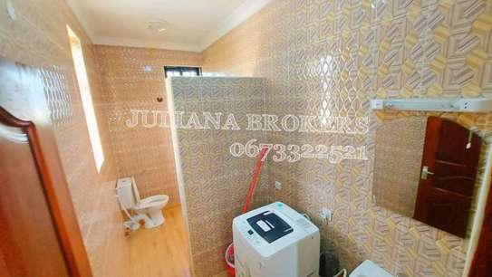 TWO BEDROOMS FULLY FURNISHED MIKOCHENI image 7