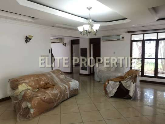 Elegant 4 bedroom stand alone for rent at Masaki image 10