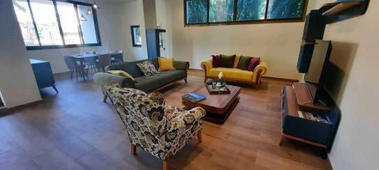 a 3bedrooms clean appartments in MASAKI is availanle for rent now image 2