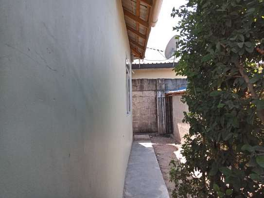 2bed small house for sale at mikocheni tsh200ml bomba image 14