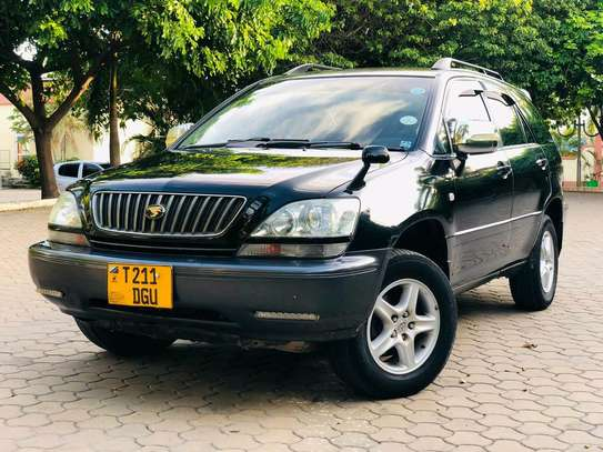 2000 Toyota Harrier image 2