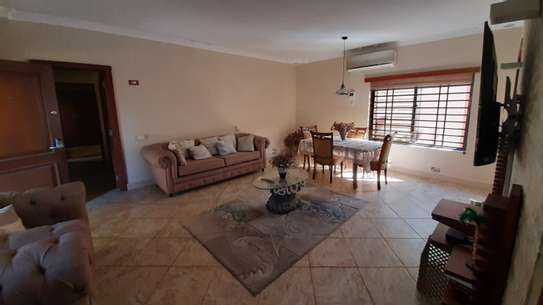 2 Bedrooms Furnished Bungalow For Rent in Oysterbay image 6