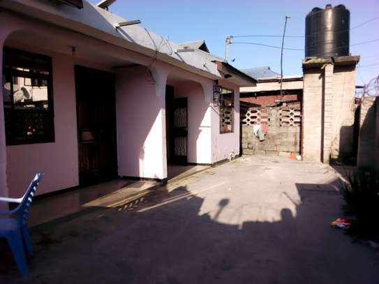 2bed room villa at msasani maandazi road TSH 400000 image 1