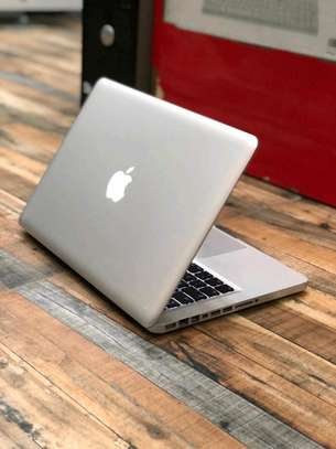 MacBook Pro 2012 core i5 in clean condition image 4