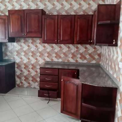3 bed room for rent tsh 800000 at survey chuo cha ardhi js image 4