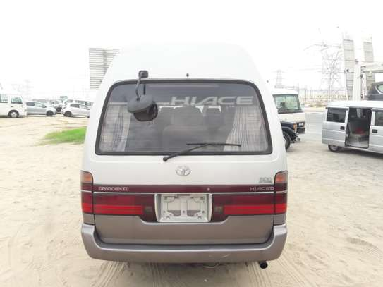 1996 Toyota HIACE DIESEL AUTO USD 6500 UP TO DAR PORT TSHS 24MILLION ON THE ROAD image 3