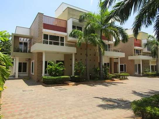 1, 2 & 3 Bedrooms Furnished & Luxury Duplex Apartments / House in Oysterbay image 1
