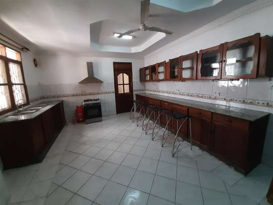 4 Bedrooms House For Rent In Masaki image 12