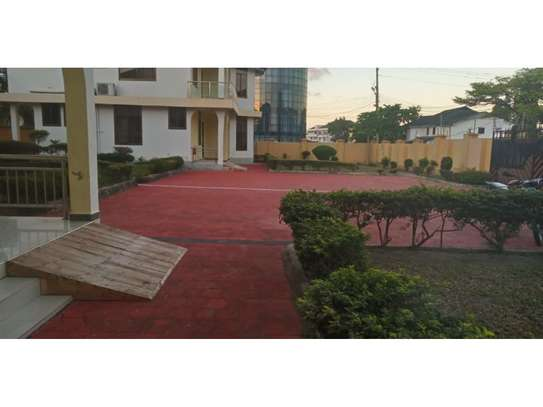 10bed all ensuet  2houses in the compound at mikocheni a near the main rd  i deal for office image 11