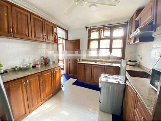 MBEZI BEACH...a 4bedrooms all self containd standalone is for rent image 5