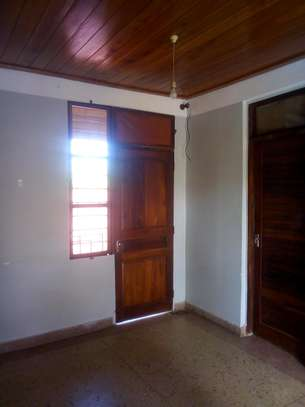 3 bdrms unfurnished apartment at Mikocheni near Garden road image 5