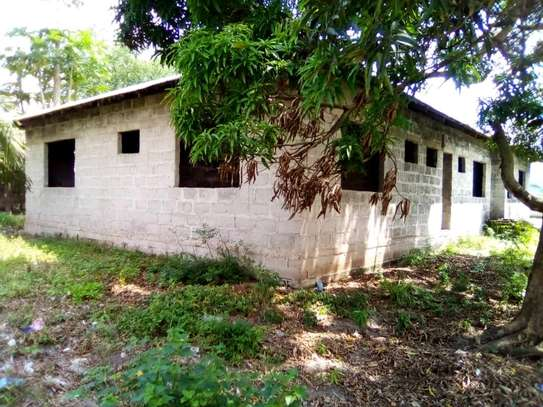 4 bdrms Semi-finished House in a 3000 SQM Plot at Pugu/KigogoFresh image 3