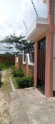 5 bed room house for sale at chanika image 14