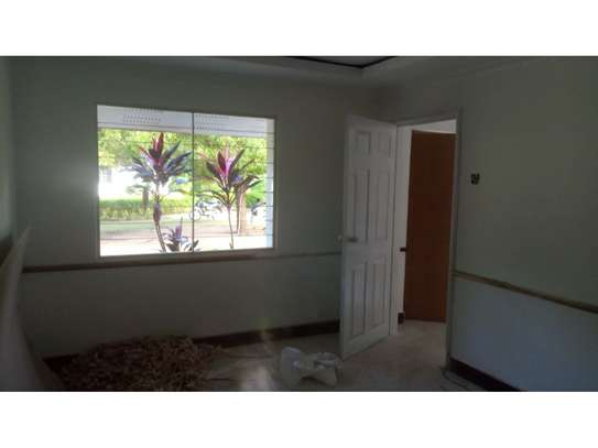 2bed house at oyster in the compound  near KCB BANK tsh 800,000 image 8