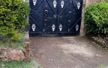 2 bedroom house for rent in Langata Area