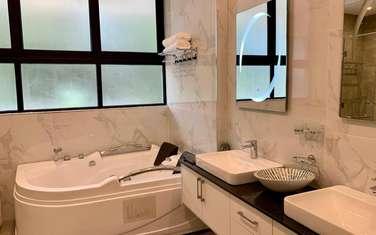 6 bedroom villa for sale in Kyuna