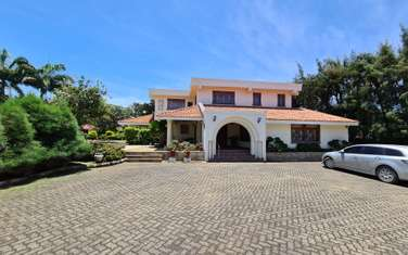 Furnished 6 bedroom house for sale in Nyali Area