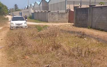 10 ac commercial land for sale in Kikambala