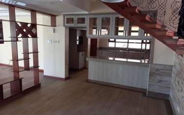 6 bedroom townhouse for rent in Lavington