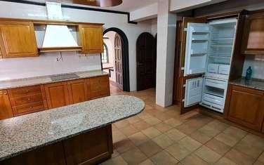4 bedroom villa for rent in Riverside