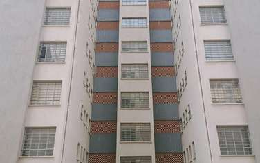 3 bedroom apartment for sale in Clay City