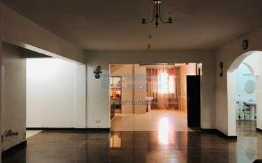 4 bedroom apartment for sale in kizingo