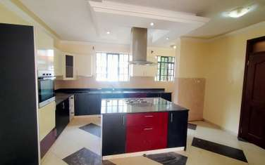 6 bedroom townhouse for rent in Kileleshwa