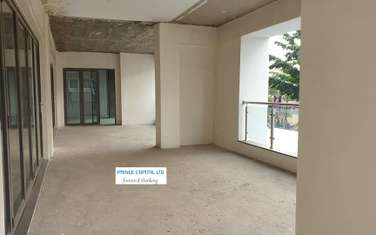 4300 ft² commercial property for rent in Cbd