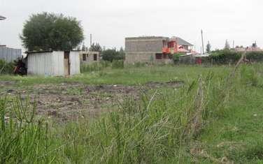 1200 m² land for sale in Katani
