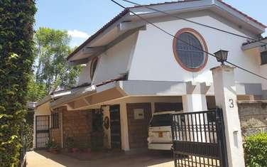 4 bedroom villa for rent in Spring Valley