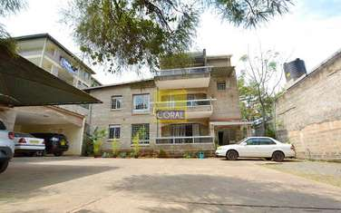 279m² office for rent in Westlands Area