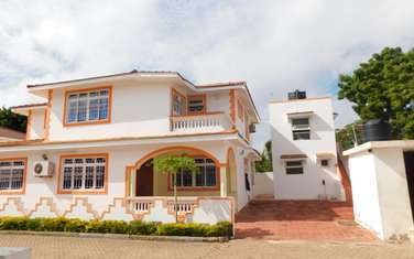 5 bedroom townhouse for sale in Nyali Area