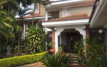 Furnished 3 bedroom townhouse for rent in Runda
