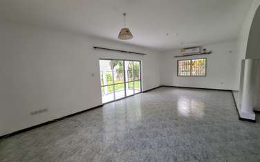 4 bedroom house for rent in Nyali Area