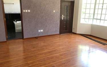 5 bedroom villa for rent in Nyari