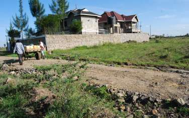 450 m² land for sale in Kamulu